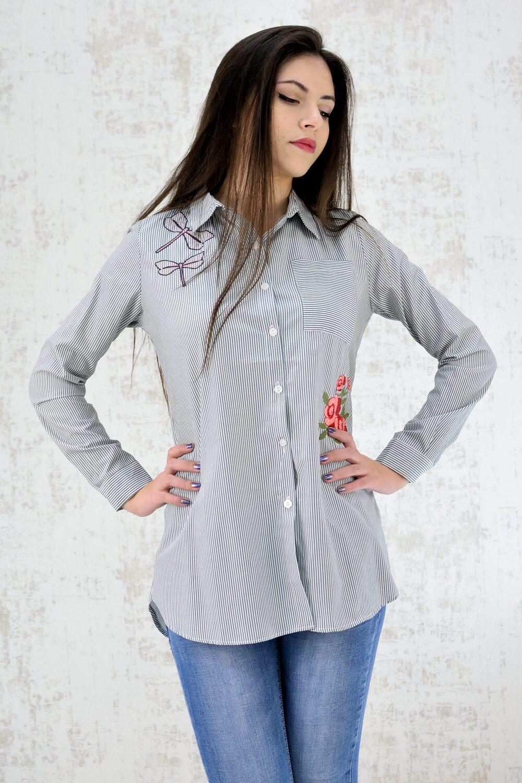Ριγέ πουκάμισο με απλικέ