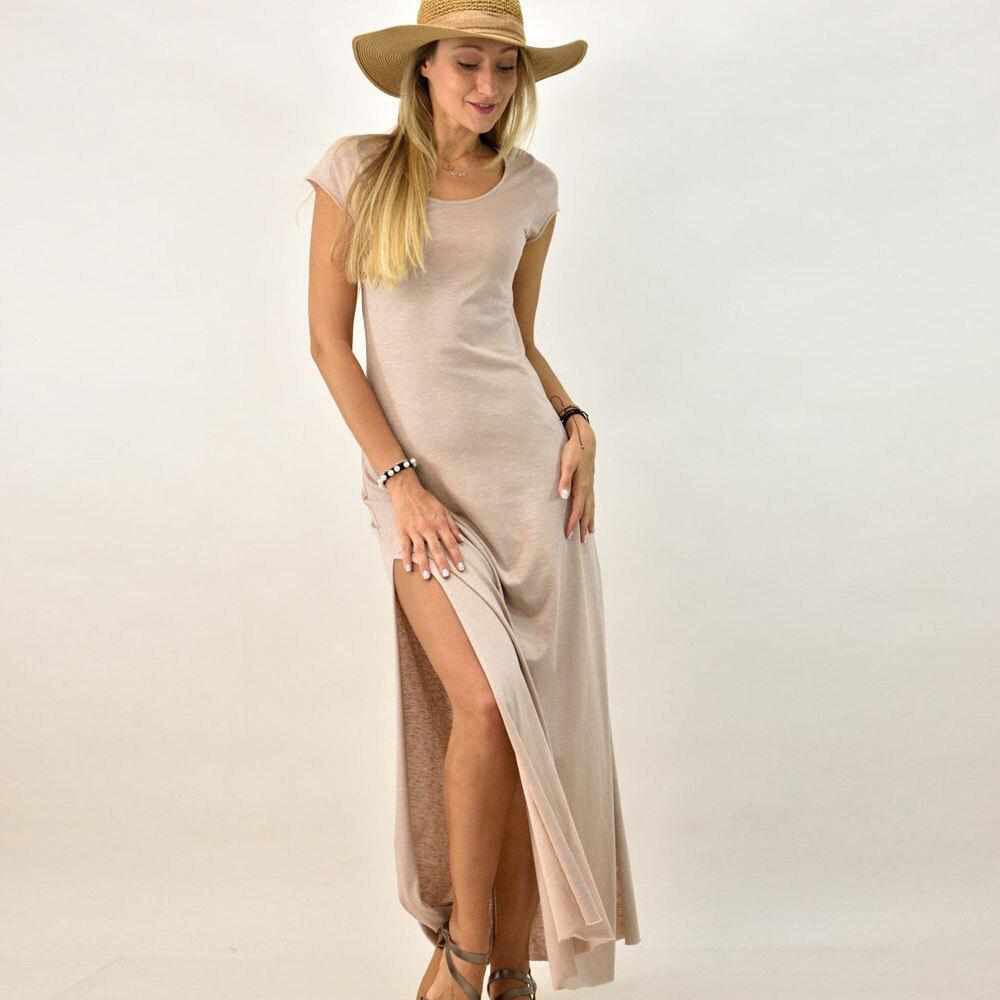 Μακρύ φόρεμα με άνοιγμα