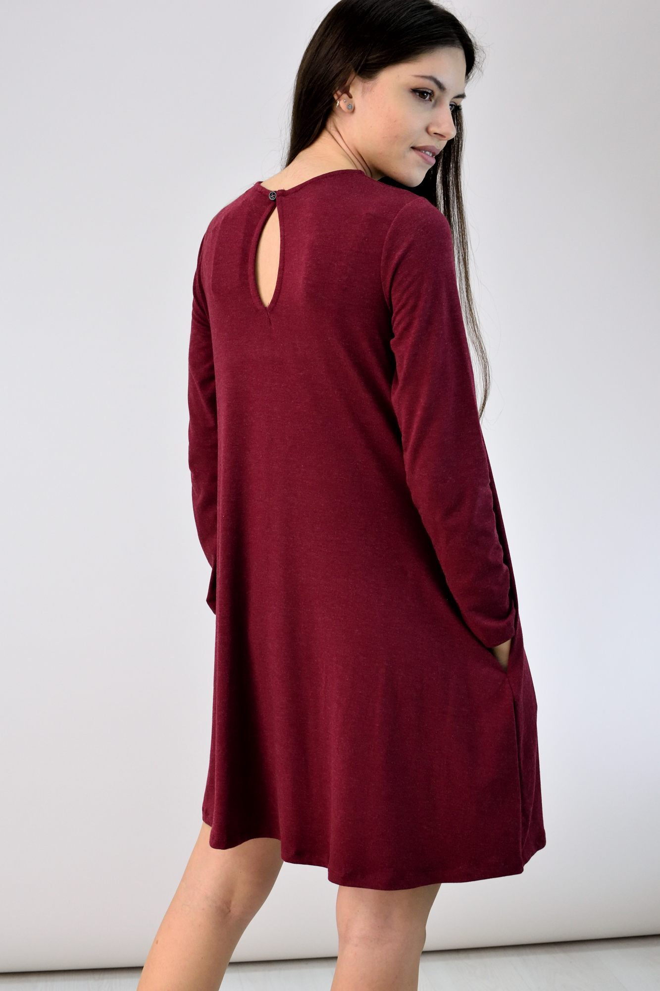 0c409df4740 Κοντό φόρεμα ριχτό. Touch to zoom