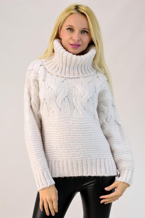 Γυναικείο πουλόβερ με μεγάλο λαιμό - Εκρού