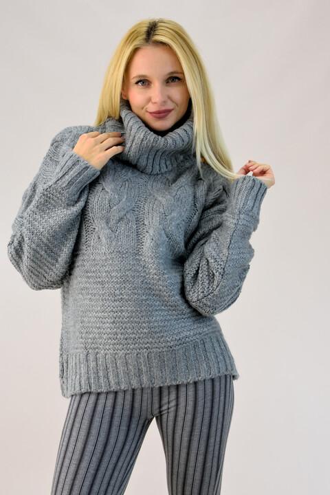 Γυναικείο πουλόβερ με μεγάλο λαιμό - Γκρι