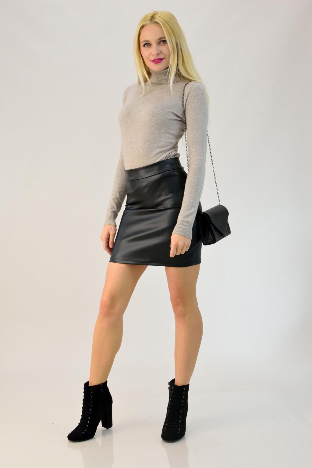 fa0638674af Μίνι φούστα σε όψη δέρματος   POTRE