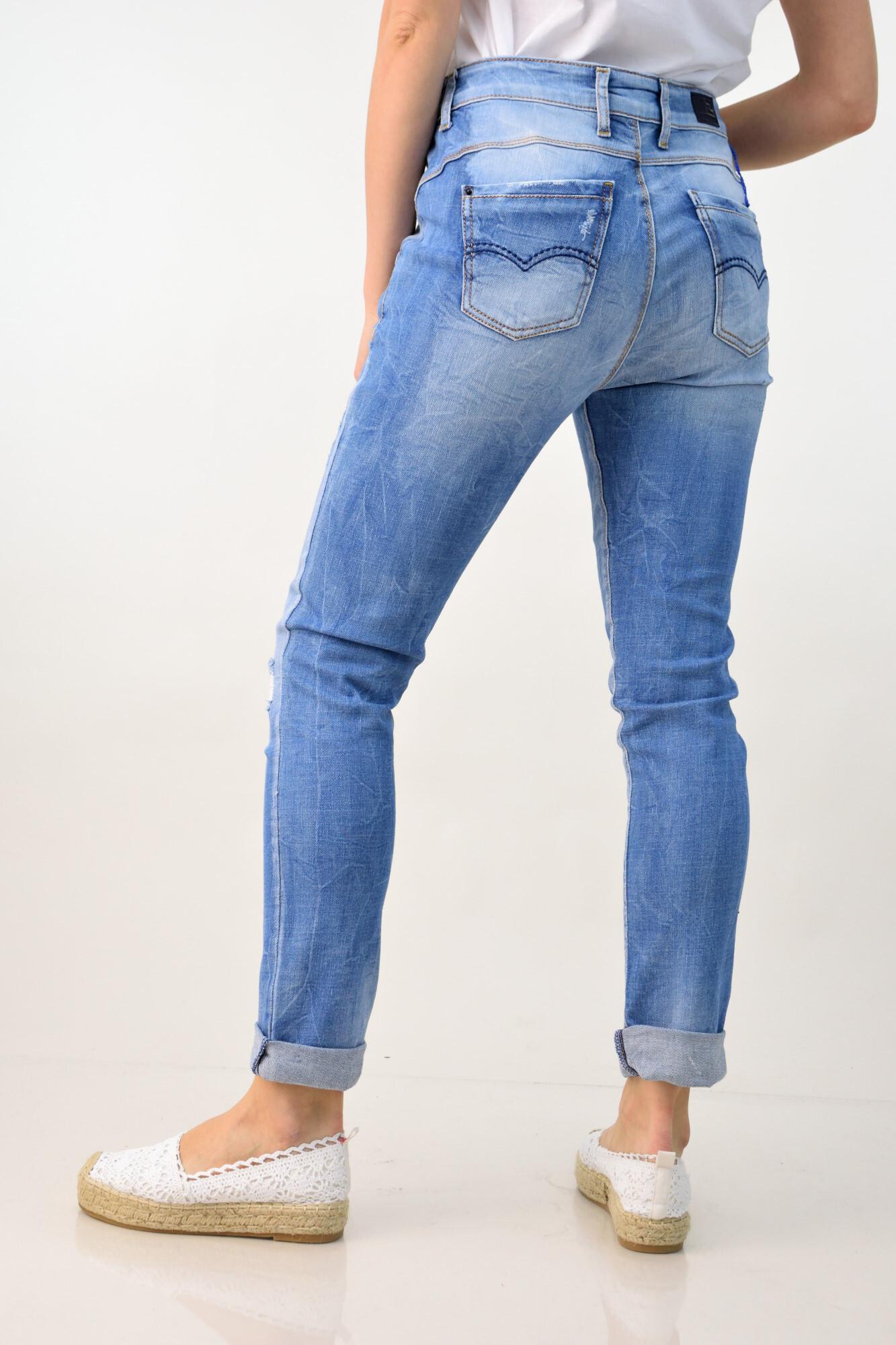 0af0ea487b51 Γυναικείο παντελόνι τζιν με σκισίματα. Tap to expand