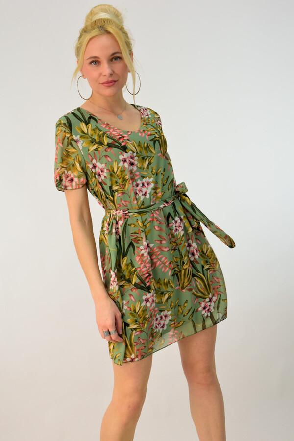 da39200e8b24 One Size. Έως L. Brand. First Woman · Potre · Μίνι φλοράλ φόρεμα - Πράσινο  ...