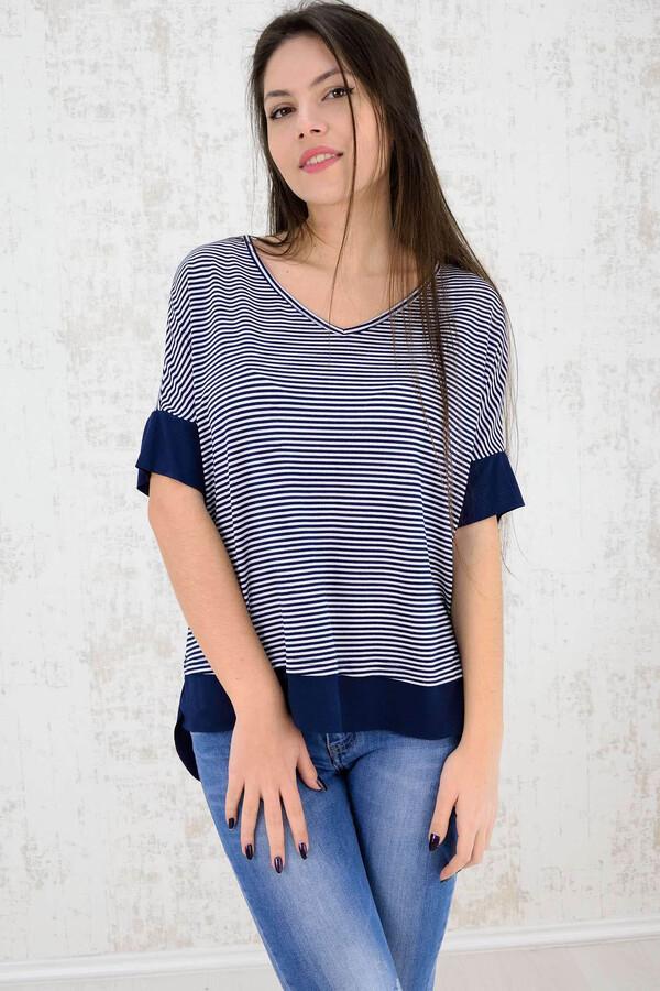 a77db7880f7e First Woman · Potre · Γυναικεία μπλούζα ριγέ - Μπλε ...