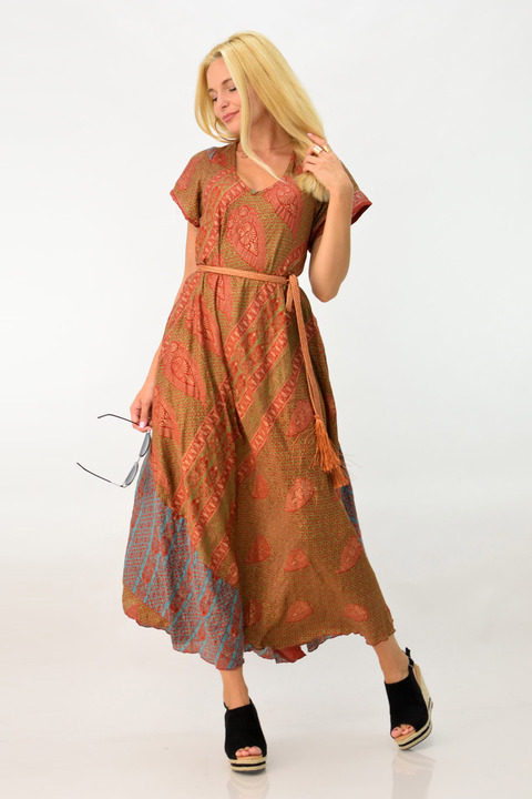 Μακρύ φόρεμα boho με άνοιγμα στη πλάτη - Κανελί