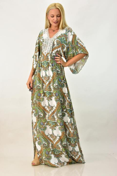 Μακρύ αέρινο φόρεμα με ανοίγματα και δαντέλα - Πράσινο