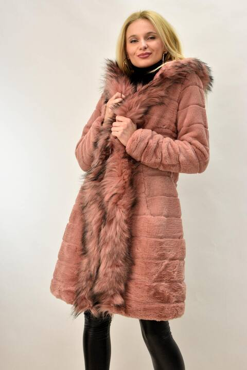 Γυναικείο παλτό από συνθετική γούνα - Απαλό Ροζ
