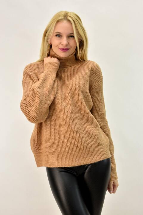 Γυναικείο πουλόβερ με ζιβάγκο - Κανελί