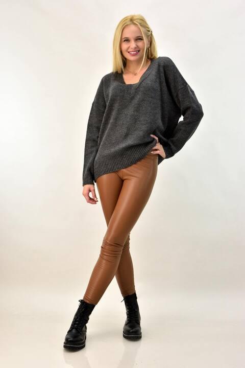 Γυναικείο πουλόβερ με V oversized - Ανθρακί