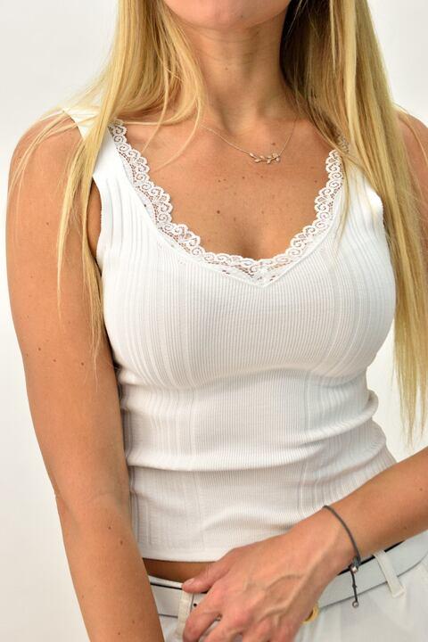 Γυναικείο πλεκτό τοπ με δαντέλα - Λευκό