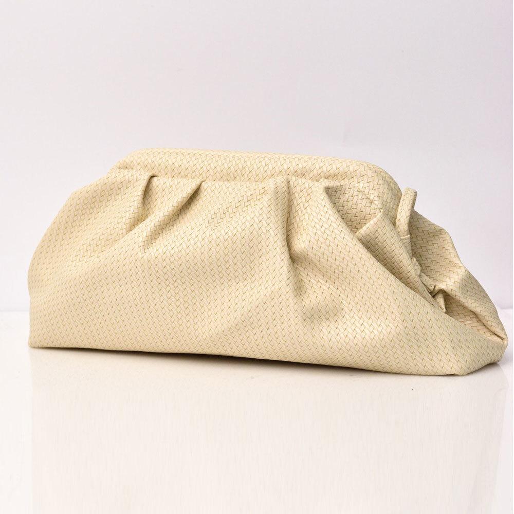 Γυναικεία τσάντα πουγκί με σχέδιο