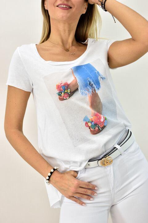 Γυναικεία μπλούζα T-shirt με πέδιλο και στρας - Λευκό