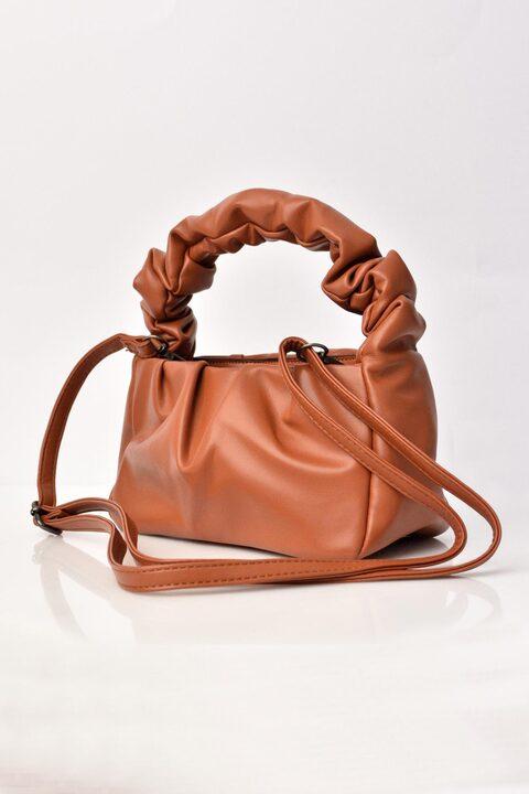 Γυναικεία τσάντα από δερματίνη - Καφέ