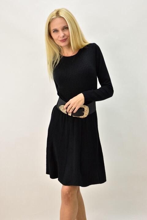 Γυναικείο φόρεμα με σχέδιο μικρές πλεξούδες - Μαύρο