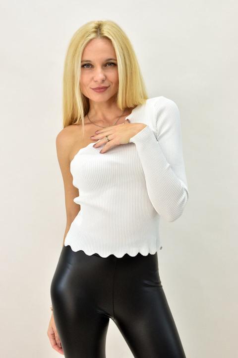 Γυναικεία μπλούζα με έναν ώμο - Εκρού