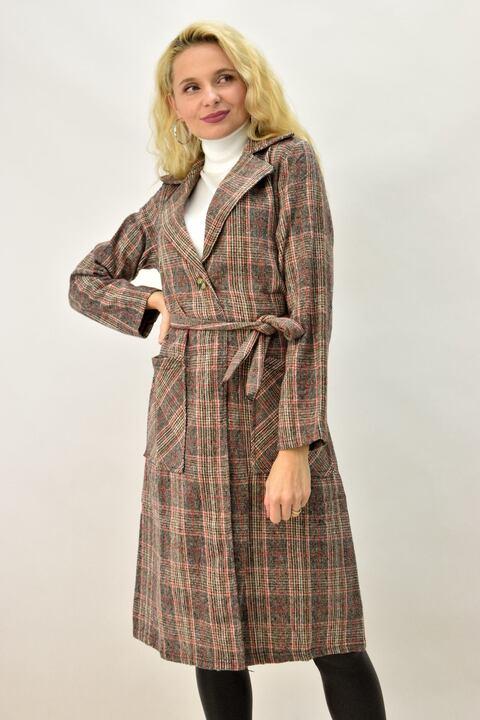 Γυναικείο παλτό καρό με γιακά και ζώνη - Καφέ