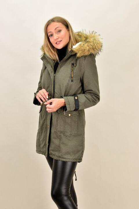 Γυναικείο παρκά μπουφάν με επένδυση γούνας - Χακί