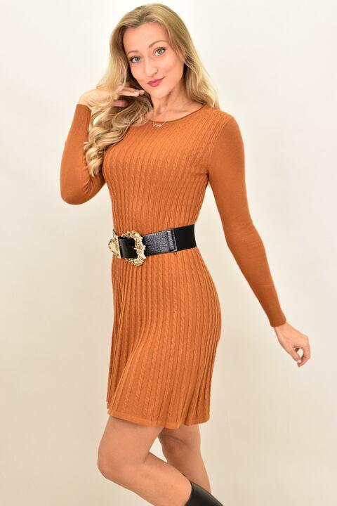 Γυναικείο φόρεμα με σχέδιο πλεξούδες - Κεραμιδί