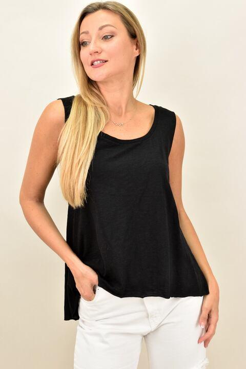 Γυναικεία μπλούζα αμάνικη ασύμμετρη με στρογγυλή λαιμόκοψη - Μαύρο