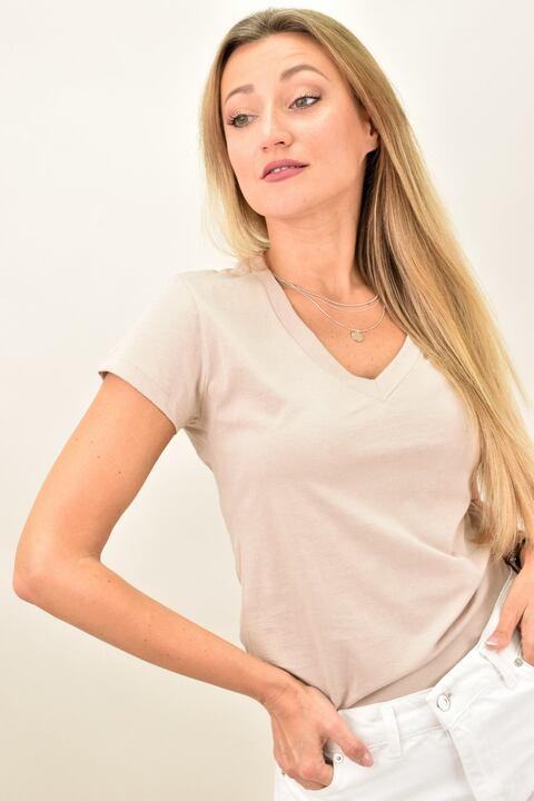 Γυναικεία μπλούζα με V λαιμόκομψη - Μπεζ