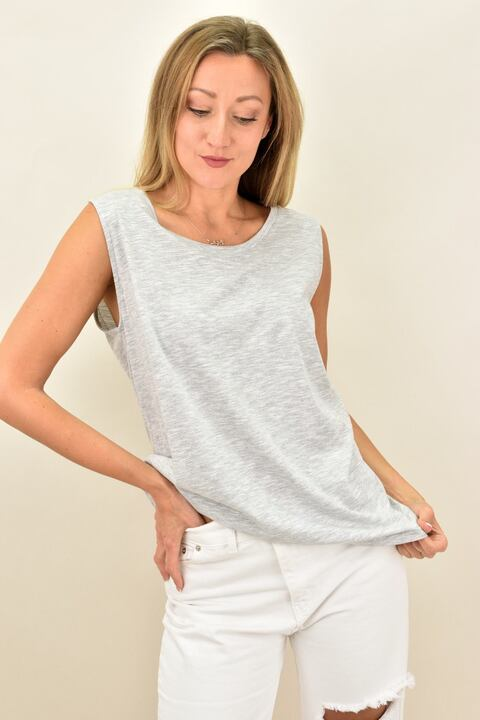 Γυναικεία αμάνικη μπλούζα με στρογγυλή λαιμόκοψη - Γκρι