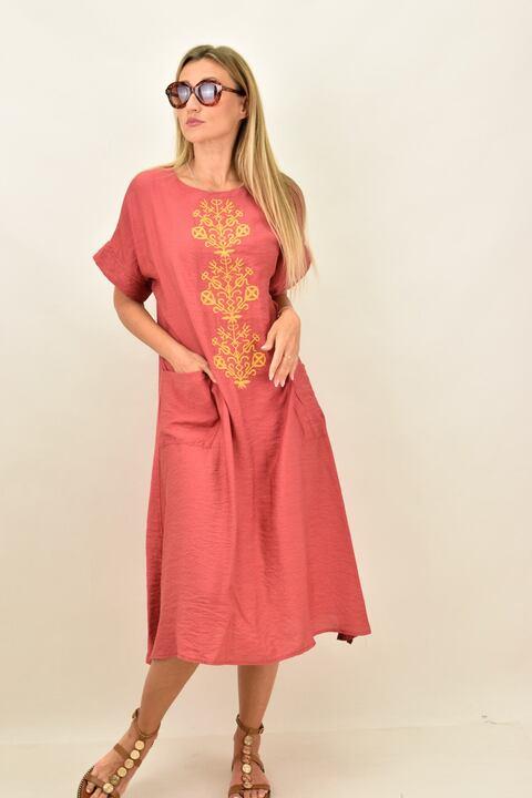 Γυναικείο φόρεμα με κεντιτό σχέδιο oversized - Μπορντώ