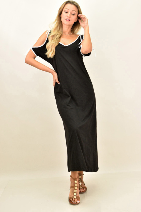 Γυναικείο φόρεμα μονόχρωμο  για μεγάλα μεγέθη - Μαύρο