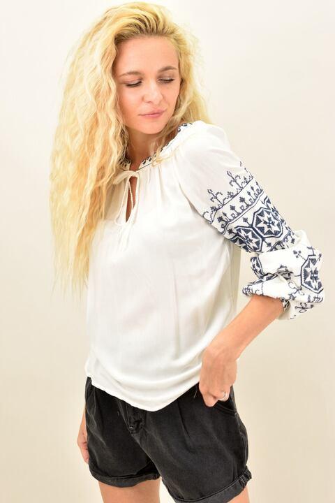 Mπλούζα boho style με κεντήματα - Λευκό