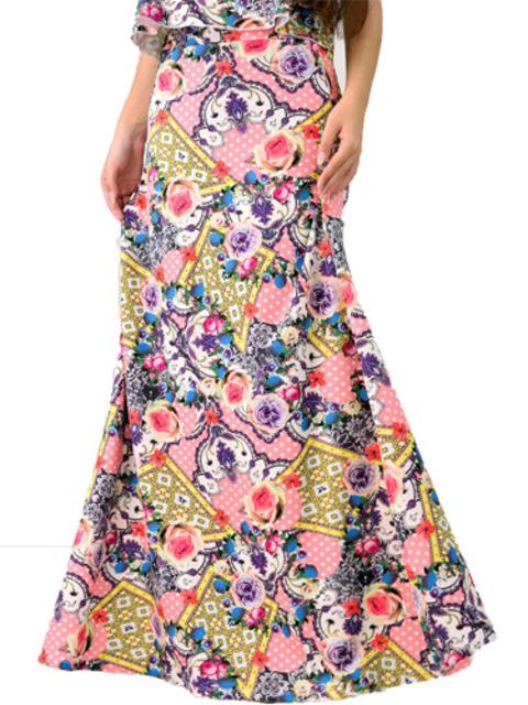 Μακρυά φούστα με άνοιγμα