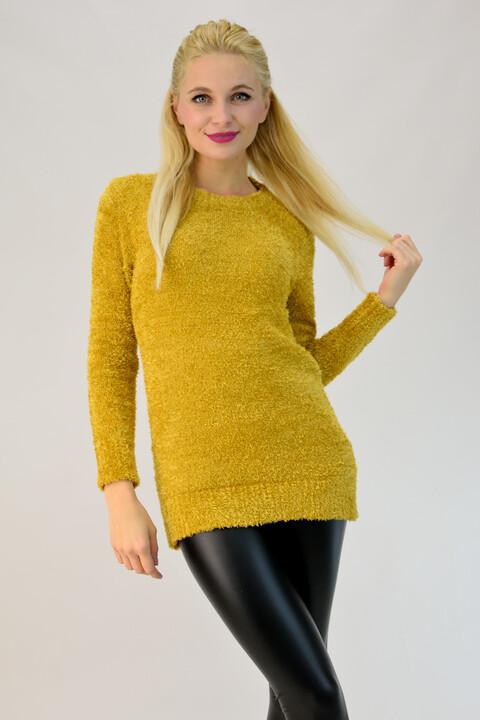 Χνουδωτό πουλόβερ με στρογγυλή λαιμόκοψη - Μουσταρδί
