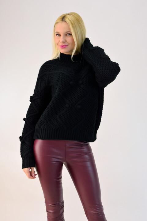 Γυναικείο πλεκτό πουλόβερ με πον πον - Μαύρο