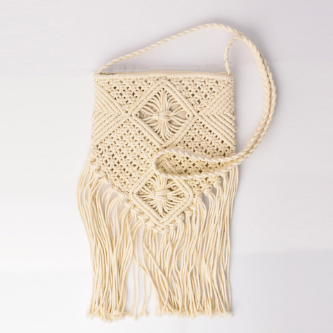 Τσάντα πλεκτή χιαστί με κρόσια